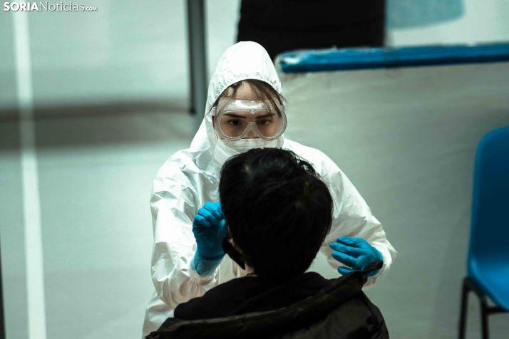 Realización de un test de antígenos en Soria capital.