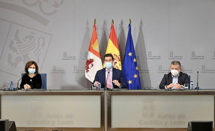 Paloma Rivero, Ángel Ibáñez y Francisco Raedo este martes. /Jta.