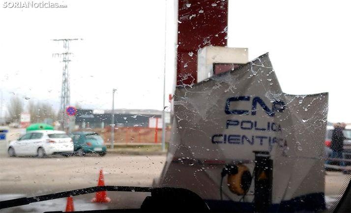 Una carpa del CNP en el lugar del suceso. /SN