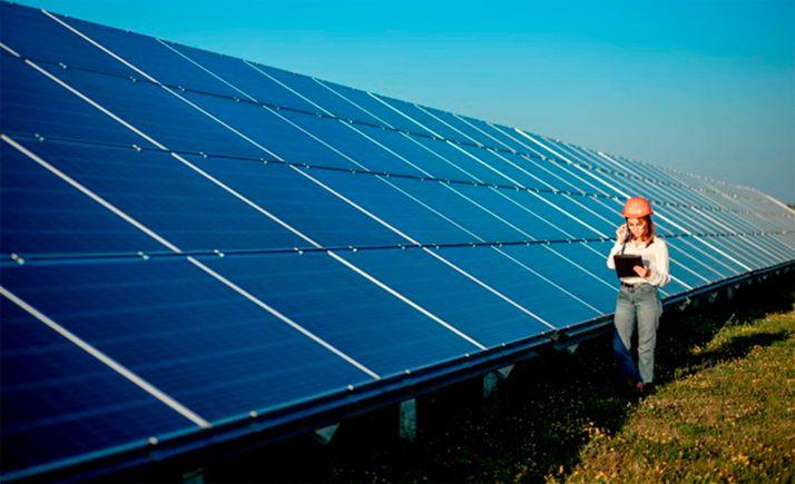 Foto 1 - Alertan del deterioro del medio rural que implica la proliferación de macroparques solares