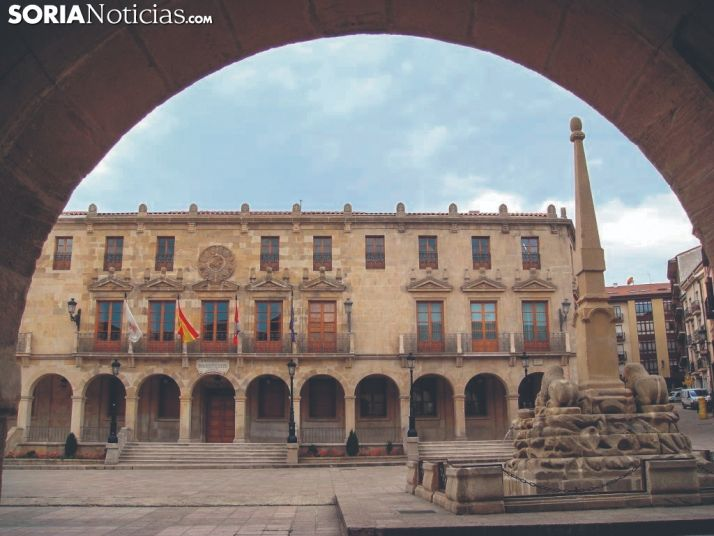 Foto 1 - Convocatoria de las oposiciones para las 4 plazas de técnico en el Ayuntamiento de Soria