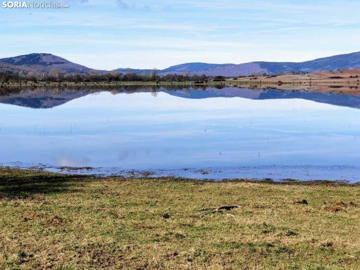 La Laguna de Hinojosa de la Sierra reaparece con la nieve y las lluvias
