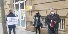 Foto 3 - Una docena de personas secundan la concentración de ANVAC en Soria