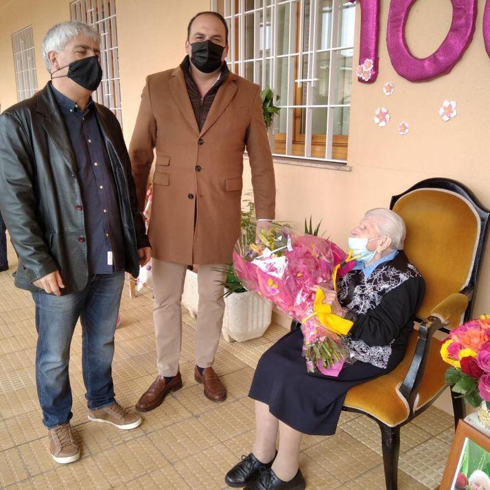 Homenaje a Felicitas Barca por su centenario.