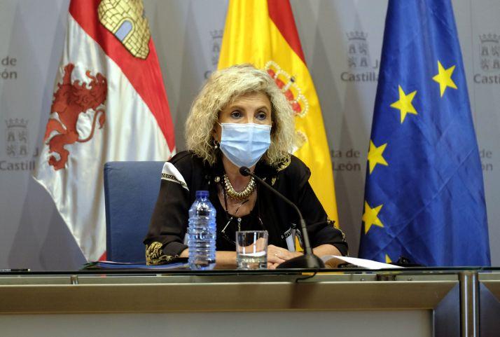 La consejera de Sanidad de Castilla y León explica los síntomas guía de los trombos tras la vacunación con Astrazeca