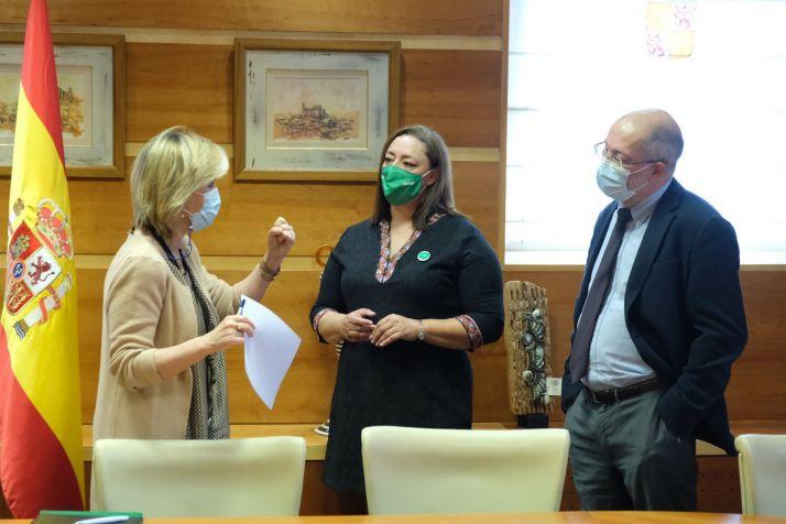 Foto 1 - Castilla y León sube el sueldo a 10.000 enfermeros
