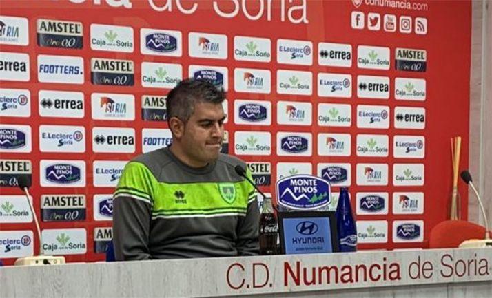 Alex Huerta en rueda de prensa hoy. /SN