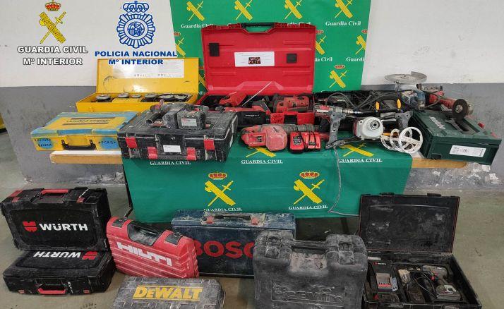Las herramientas recuperadas por los cuerpos de seguridad. /SdG