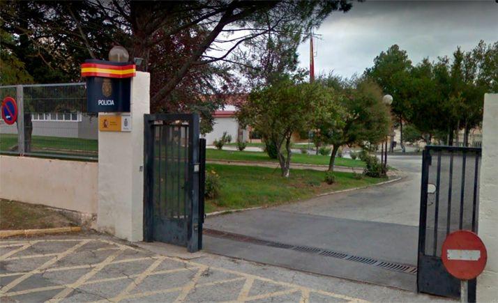 Imagen de la entrada a la comisaría del CNP Aranda de Duero. /GM
