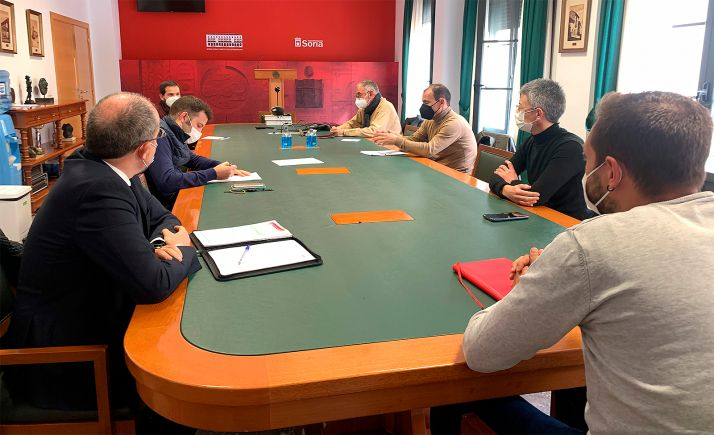 Una imagen de la reunión entre el Ayuntamiento y las entidades deportivas. /Ayto.