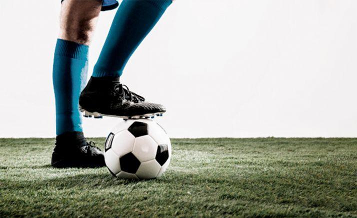 Foto 1 - Los clubes deberán confirmar a la FCyLF su participación en competiciones hasta el día 17