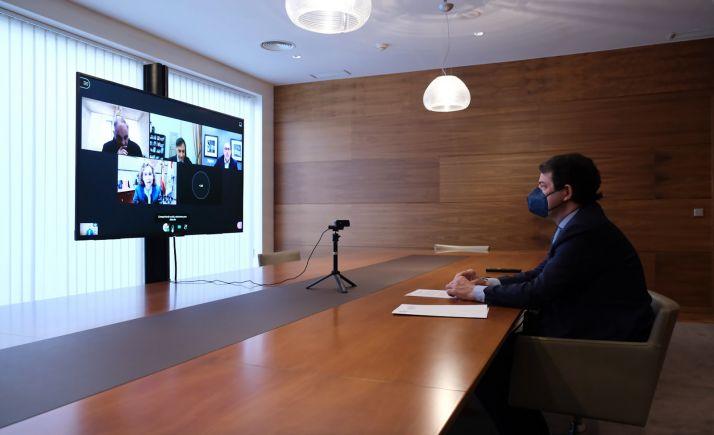 Foto 2 - Fernández Mañueco subraya su compromiso con el proceso de transformación digital de la Comunidad
