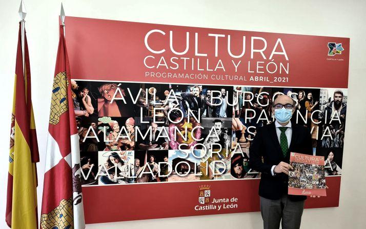 El consejero de Cultura, Javier Ortega, en la presentación del programa para este abril. /Jta.