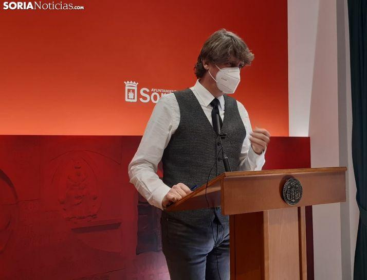 Mínguez compara la desescalada en Castilla y León con el Camarote de los Hermanos Marx