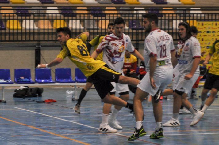 Foto 1 - El BM Soria recibe a un rival directo