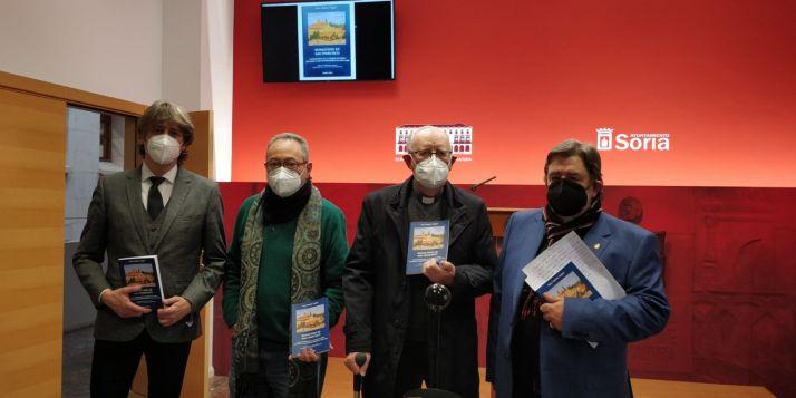 """Foto 1 - Don Rufo: """"Lean mi libro en Cuaresma, les servirá de penitencia"""""""