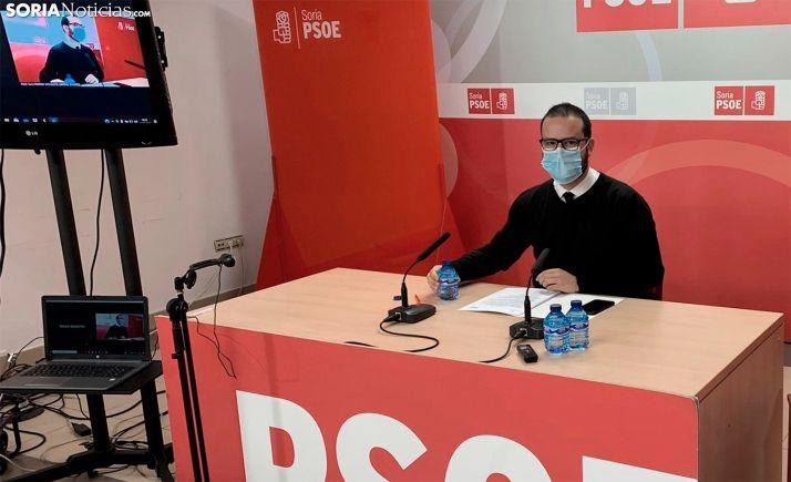Ángel Hernández en la rueda de prensa de esta mañana.