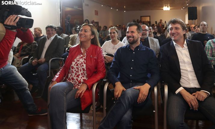 El PSOE presenta una moción de censura en Castilla y León