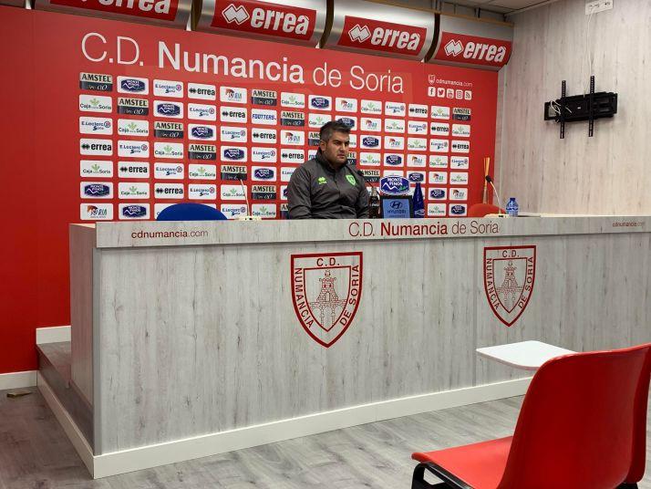 Previa Numancia vs Covadonga. Álex Huerta: 'No pensamos en ningún escenario que no sea acabar con los 3 puntos'