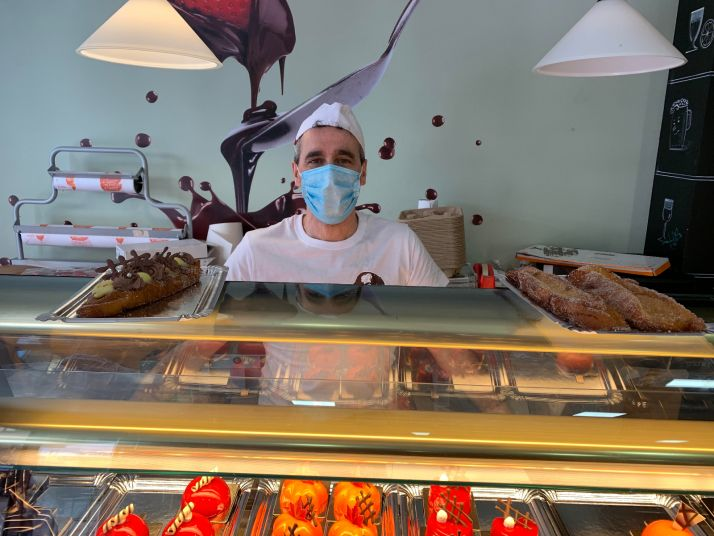 """Foto 1 - Carlos Rodríguez: """"Con las torrijas pretendemos trasladar a los paladares de los clientes a todo tipo de sabores"""""""