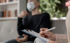 La Diputación refuerza el teléfono de atención psicológica con cinco profesionales