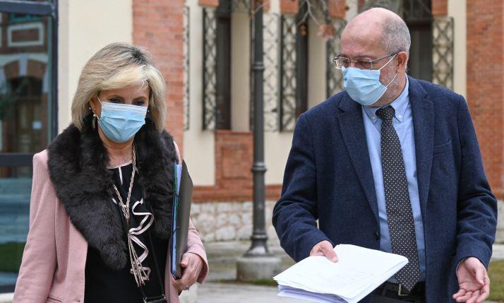 Casado: 'Estamos sobreinformando sobre los efectos secundarios de AstraZeneca'