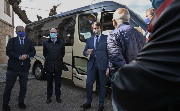 Foto 1 - La Junta estrena el Bono Rural de Transporte gratuito