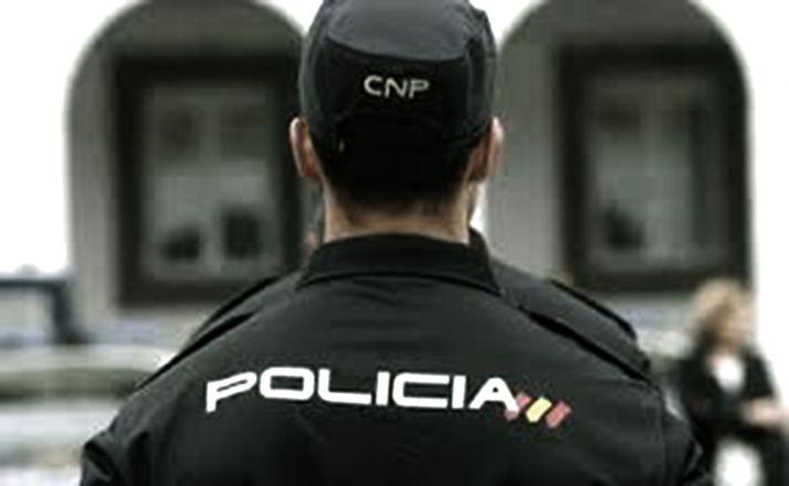 Foto 1 - Detenidos en Valladolid como presuntos autores de delitos de falsedad documental y estafa