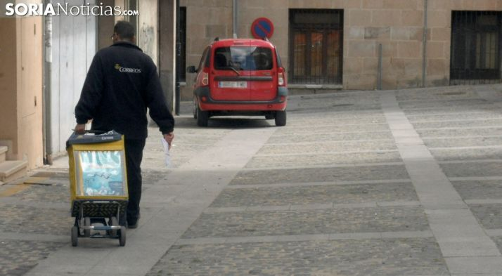 Foto 1 - Correos afirma que no contempla un plan de privatización