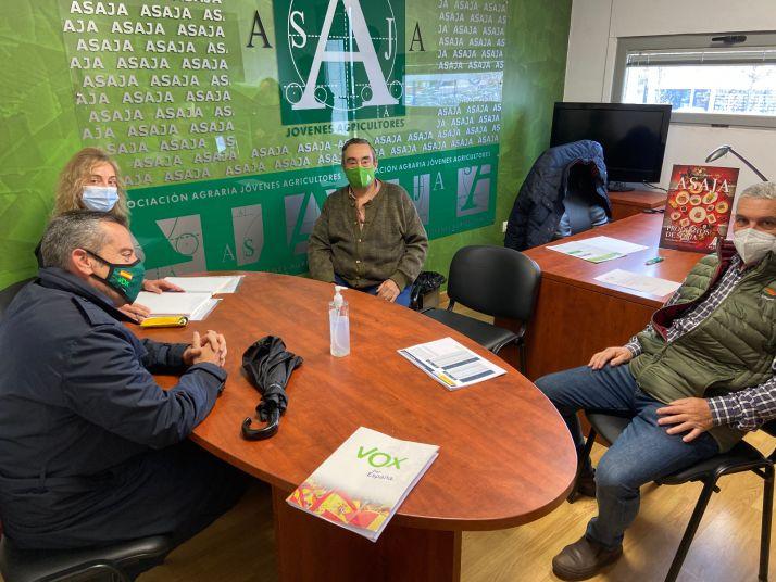 Foto 1 - Vox y los agricultores sorianos se reúnen con la vista puesta en la nueva PAC