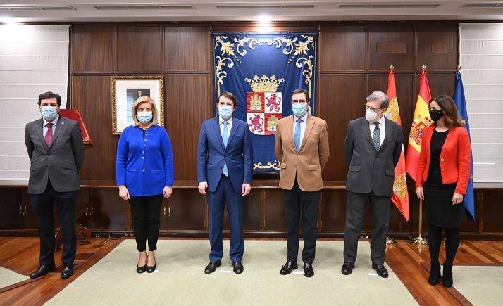 Foto 1 - Satisfacción en CEOE por la eliminación en Castilla y León del impuesto de sucesiones y donaciones