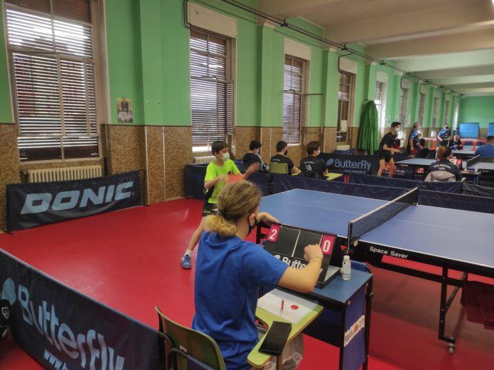 Foto 2 - El Tenis de Mesa Soriano asciende a División de Honor