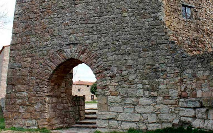 Una zona de la antigua muralla árabe de Medinaceli. /ALC-CCC