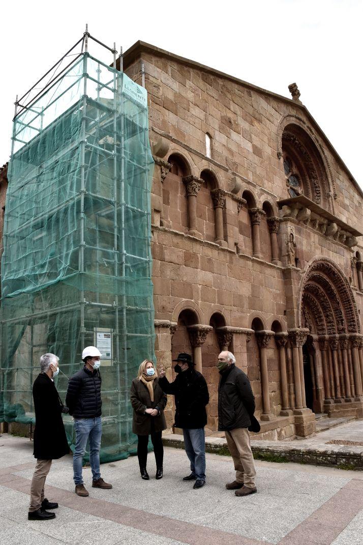Foto 2 - Esta semana concluyen las obras de reparación en un contrafuerte de la iglesia de Santo Domingo