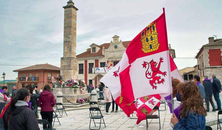 Foto 1 - Vigilia comunera, ofrenda floral o concierto de Stella Splendens, en los actos del Día de Castilla y León
