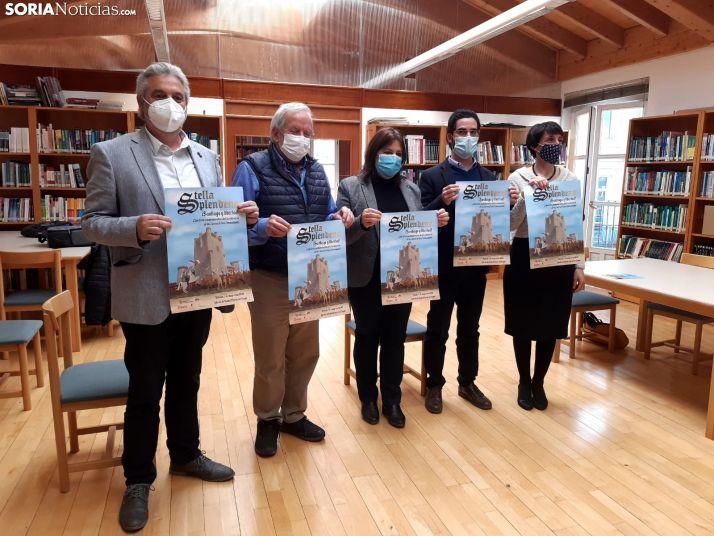 Presentación en la biblioteca del Gaya Nuño.