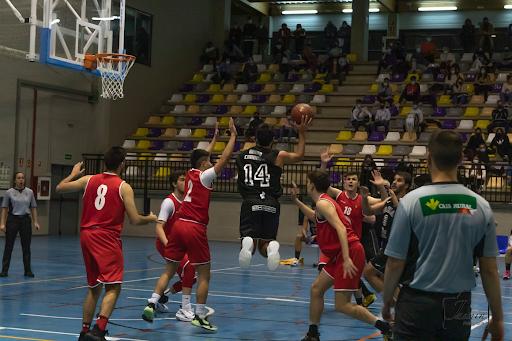 Foto 1 - El equipo de Primera División del CSB Soria Ciudad del Deporte disputa la segunda fase