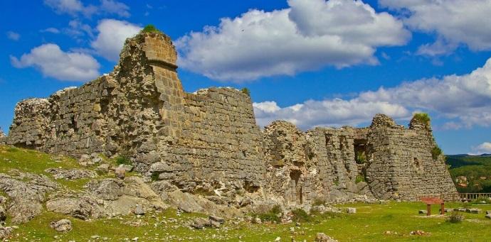 Castillo de San Leonardo de Yagüe. /castillosdelolvido.com