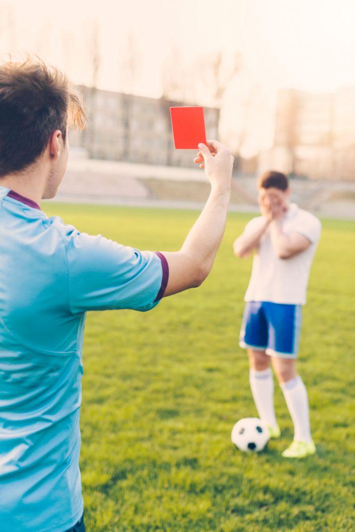 Foto 1 - Detenido un jugador de fútbol por dar un cabezazo a un árbitro en Valladolid