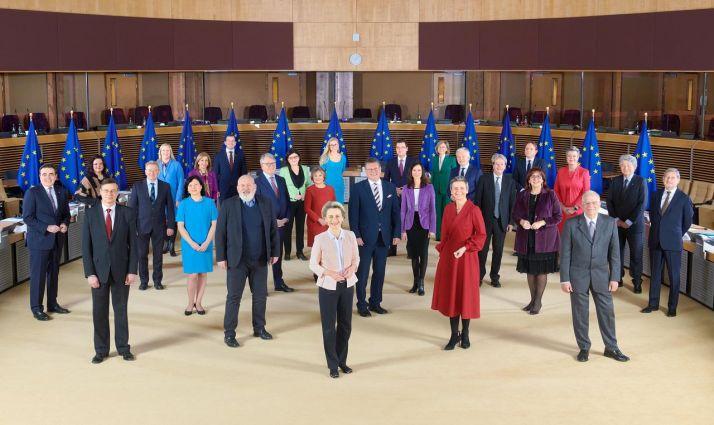 Foto de familia de la Comisión Europea.