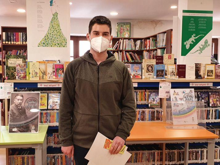 Foto 2 - San Esteban de Gormaz entrega sus premios del Día del Libro 2021