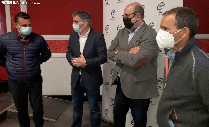 Enrique Guiu (izda.), Benjamín Castro, Miguel Borra y Javier de Diego este miércoles. /SN