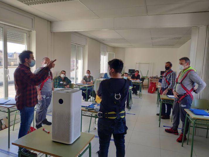 FOES imparte una nueva edición del curso 'Seguridad en trabajos en altura'