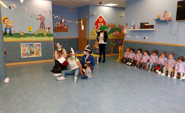 Foto 1 - La Jefatura Provincial de Tráfico imparte nociones de educación vial para los más pequeños
