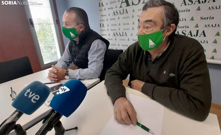 Donaciano Dujo (izda.) y Carmelo Gómez, en una reciente rueda informativa. /SN