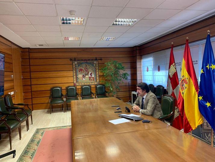 Suárez-Quiñones interviniendo en la jornada medioambiental./ Foto: La Junta.