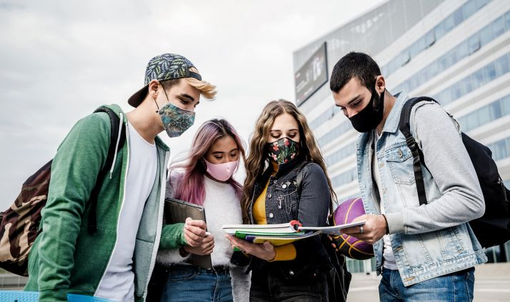 Más de mil universitarios de Castilla y León recibirán este curso una beca Erasmus