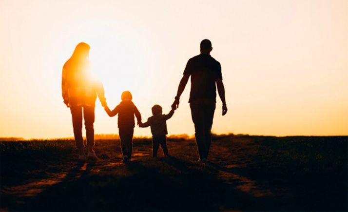 Foto 1 - Castilla y León programa un plan integral de 57 medidas para familias y un impacto económico anual de 75 M€