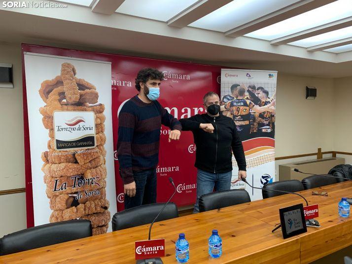 Manuel Sevillano y Alfredo Cabrerizo en la presentación del ex entrenador como nuevo director general.