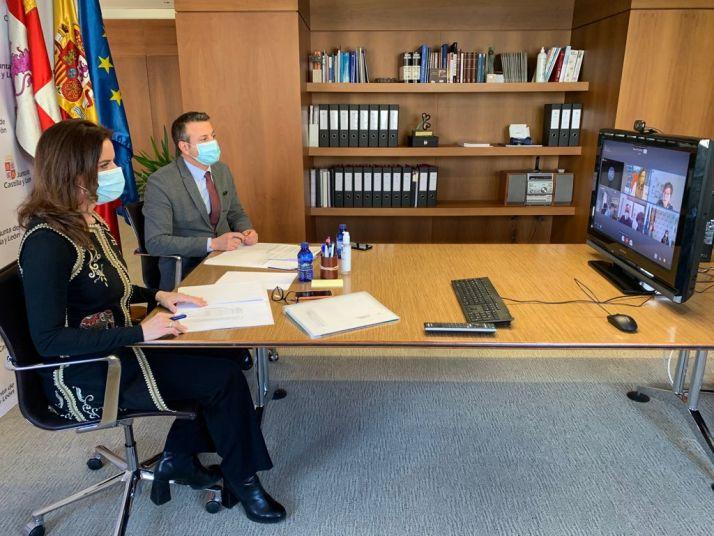 Imagen de la reunión mantenida./ Foto: La Junta